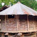 চান্দিনায় হারিয়ে যাচ্ছে গ্রামবাংলার ঐতিহ্যবাহী ধানের গোলা