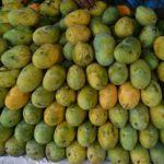 কুমিল্লার বাজারে অবাধে বিক্রি হচ্ছে ফরমালিনযুক্ত ফল