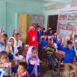 বরুড়ার শাহাপুর প্রাথমিক বিদ্যালয়ে শিক্ষার্থীদের মাঝে লাইফবয় বিতরণ