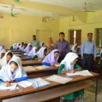 নাউরী আহম্মদীয়া উচ্চ বিদ্যালয় কেন্দ্রে নকল মুক্ত পরিবেশে অনুষ্ঠিত হচ্ছে জেএসসি পরীক্ষা