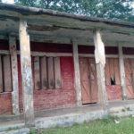 মুরাদনগরে অর্ধশত প্রাথমিক স্কুলে পরিত্যক্ত ভবনে ঝুঁকি নিয়ে চলছে পাঠদান