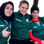 জীবন বাজি রেখে ফুটবল খেলছেন আফগান নারীরা