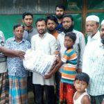 চৌদ্দগ্রামে নোয়াপাড়া 'এসএম পাঠাগার' এর উদ্যোগে দারিদ্র রোজাদারদের মাঝে ইফতার সামগ্রী বিতরণ