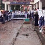 চান্দিনায় সড়ক দুর্ঘটনায় দুই কলেজ ছাত্রী নিহতের প্রতিবাদে মানববন্ধন: প্রধানমন্ত্রী বরাবর স্মারকলিপি