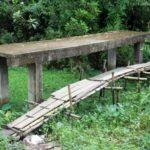 মুরাদনগরে ৫ বছরে নির্মাণ হয়নি সংযোগ সড়ক, বাঁশ পিছু ছাড়ছেনা শতাধিক পরিবারের