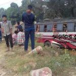 কুমিল্লায় যাত্রীবাহী বাস নিয়ন্ত্রণ হারিয়ে নিহত পথচারী