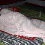 তাঁবু গেঁড়ে রির্টানিং কর্মকর্তার অফিসে সামনে শুয়ে পড়লেন লতিফ সিদ্দিকী