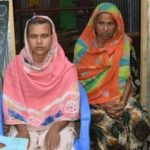 কুমিল্লায় মেয়ের চিকিৎসার জন্য নিজের কিডনি বিক্রি করতে চান বৃদ্ধা মা