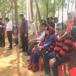 কুমিল্লা জেলা প্রশাসনের বার্ষিক বনভোজন চলছে