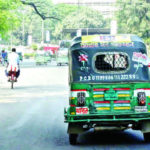 কুমিল্লার বিভিন্ন সড়কে মোবাইল কোর্ট: ৩১টি সিএনজি জব্দ