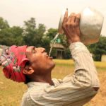 কুমিল্লায় তীব্র গরম আর ঘন ঘন লোডশেডিংয়ে অতিষ্ঠ জনজীবন