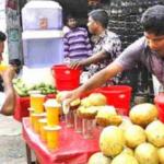 গরম থেকে স্বস্তি পেতে শরবতের দোকানে ভীড় করছে কুমিল্লার পথচারীরা