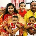 স্ত্রী ও তিন সন্তানের সঙ্গে নববর্ষ উদযাপন সাবেক রেলমন্ত্রীর