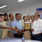 চৌদ্দগ্রামের সাংবাদিকদের পক্ষ থেকে পিআইবি'র মহাপরিচালকে সম্মাননা স্মারক প্রদান