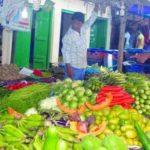 রমজানের আগেই কুমিল্লায় চড়া সবজির বাজার