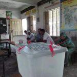 বরুড়া পয়ালগাছা ভারুল সরকারি প্রাথমিক বিদ্যালয়ের ৩নং বুথে ২ ঘন্টায় ভোট পড়েনি ১টিও