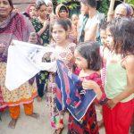 সন্তানের জন্য চিপস কেনা হলো না মনোহরগঞ্জের হাজারীরের