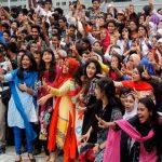 কুমিল্লা বোর্ডে এইচএসসিতে পাশের হার ৭৭.৭৪ শতাংশ, পাশের হারে মেয়েরা এগিয়ে