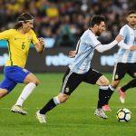 বিশ্ব ফুটবল  তাকিয়ে আছে আজকের আর্জেন্টিনা-ব্রাজিলের ম্যাচের দিকে