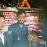 চান্দিনায় ভোক্তা অধিকারের অভিযানে ৫ প্রতিষ্ঠানকে ৬৩ হাজার টাকা জরিমানা