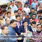 কুমিল্লায় ৪৫ টাকায় পেঁয়াজ বিক্রি শুরু করেছে টিসিবি