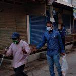 কুমিল্লা নগরী ও পাচথুবীতে খাদ্য সহায়তা দিলেন জেলা প্রশাসন
