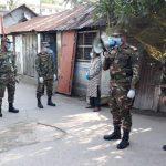 জনসমাগম হ্রাসে কুমিল্লা নগরীতে সেনাবাহিনীর টহল অব্যাহত