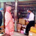 কুমিল্লা শহরে নকল মাস্ক ও স্যানিটাইজারের বিরুদ্ধে জেলা প্রশাসনের অভিযান অব্যাহত