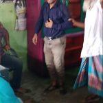 কুমিল্লার লালমাইয়ে শিশু ধর্ষণের অভিযোগে ছাত্রলীগ নেতাকে জুতা পেটা