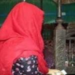 লাকসামে বিয়ের স্বীকৃতির দাবীতে বরের বাড়িতে কনের অনশন
