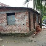 কুমিল্লার বুড়িচংয়ে সরকারী রাস্তার উপর ঘর-বাড়ি নির্মাণের অভিযোগ
