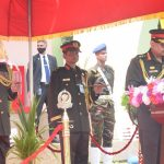 কুমিল্লায় সেনাবাহিনীর ৬টি ইউনিটকে রেজিমেন্টাল কালার প্রদান করলেন সেনাপ্রধান