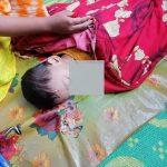 কুমিল্লা সদরের কালির বাজারে নানার বাড়িতে বেড়াতে এসে ড্রাম ট্রাক চাপায় নিহত শিশু
