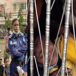 মা-বাবার বিচ্ছেদ, কুমিল্লার আদালত প্রাঙ্গনে দুই সন্তানের কান্নায় পাল্টে গেল দৃশ্য