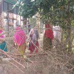 দাউদকান্দিতে ইউএনও'র হস্তক্ষেপে অবরুদ্ধ মুক্ত হলেন ৪ পরিবার
