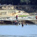 কুমিল্লার গোমতীর মাটি এখন সিন্ডিকেটদের কবলে
