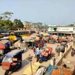 চাঁদপুর-কুমিল্লা আঞ্চলিক মহাসড়কের মুদাফরগঞ্জ বাজার, যেখানে থেমে যায় জীবনের গতি