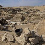 মিসরে বালুতে তলিয়ে যাওয়া তিন হাজার বছরের প্রাচীন শহরের সন্ধান