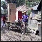 নাঙ্গলকোটের ঝাটিয়াপাড়া থেকে পূর্ব বামপাড়া সড়কের বেহাল দশা